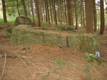 8 pierres celtiques